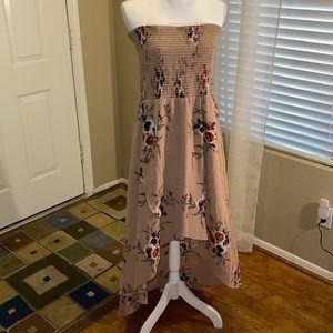 🌻 Boston Proper Strapless Floral Hi-Low Dress
